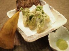 たらの芽の天ぷら ~抹茶塩を添えて~