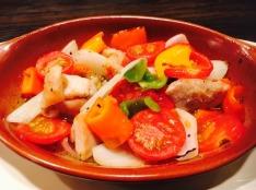 夏野菜とチキンのバジルソース焼き