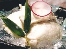 クリーム胡麻豆腐