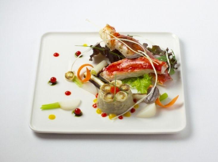 タラバカニと季節の野菜
