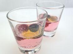 飲むオリーブオイル 2種のベリーのトニックウォーター
