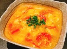 ミニトマトとたまごの中華風スープ