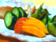 余った野菜を漬物に変えて