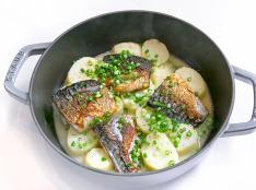 塩鯖とポテトの煮込み