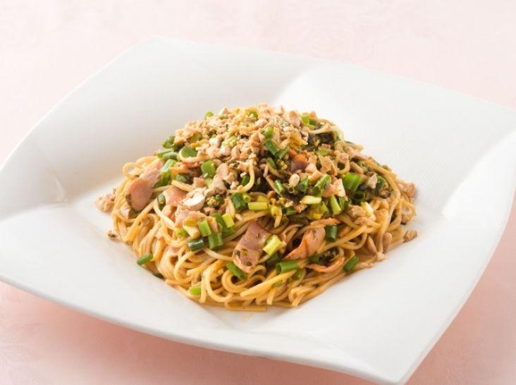 家庭でも簡単 汁なしピリ辛和え麺