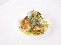 白身魚とあさりのパセリ風味