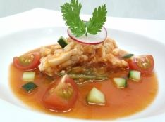 夏野菜の中華風ガスパチョソース 棒々鶏仕立て