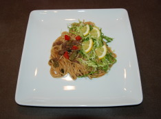 旬の野菜&和牛の味噌パスタ