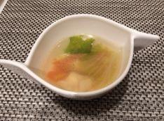 鶏肉とレタスのさっぱりスープ