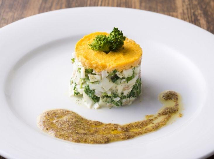 海老と菜の花のミモザ風サラダ