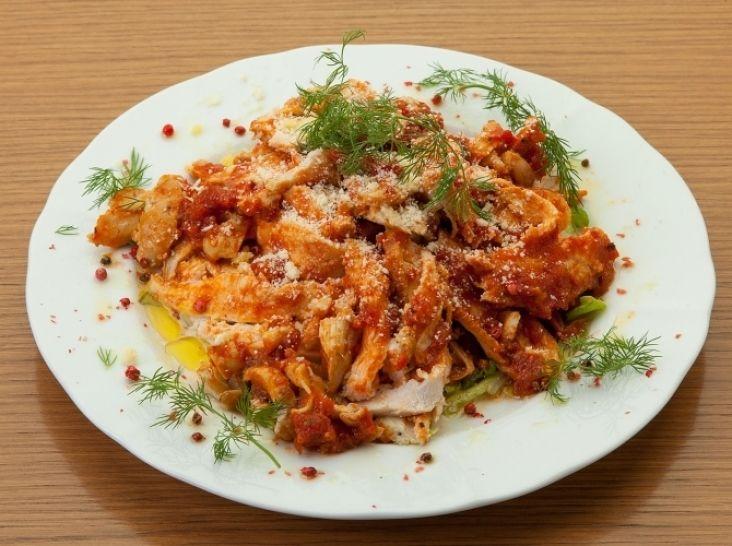 仙台白菜と鶏ムネ肉の冷製トマト煮込み