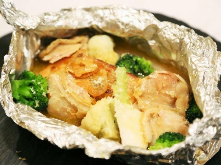 鮭と季節のお野菜のホイル焼き