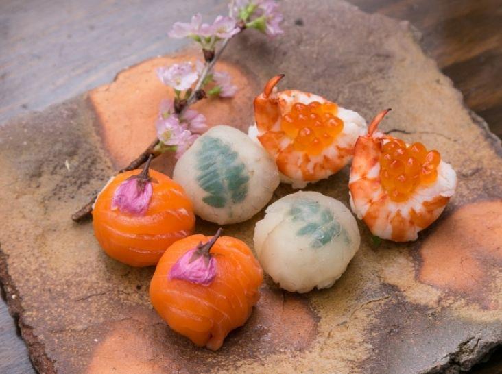 三色手まり寿司