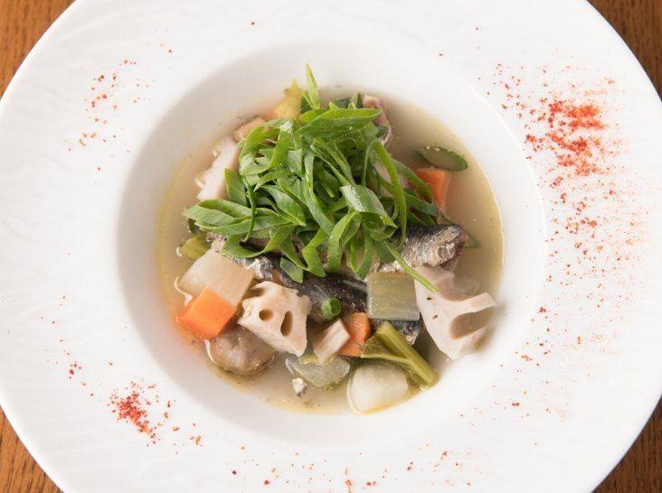 鰯とゴロゴロ野菜のブルターニュ風スープ