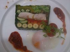 タンドリーチキンと野菜のスパイシーテリーヌ