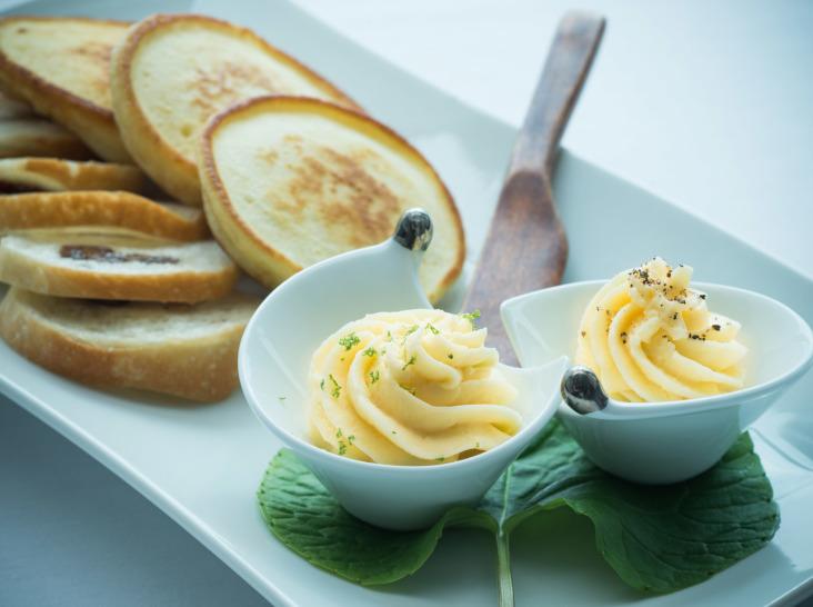 ホイップ味噌バター