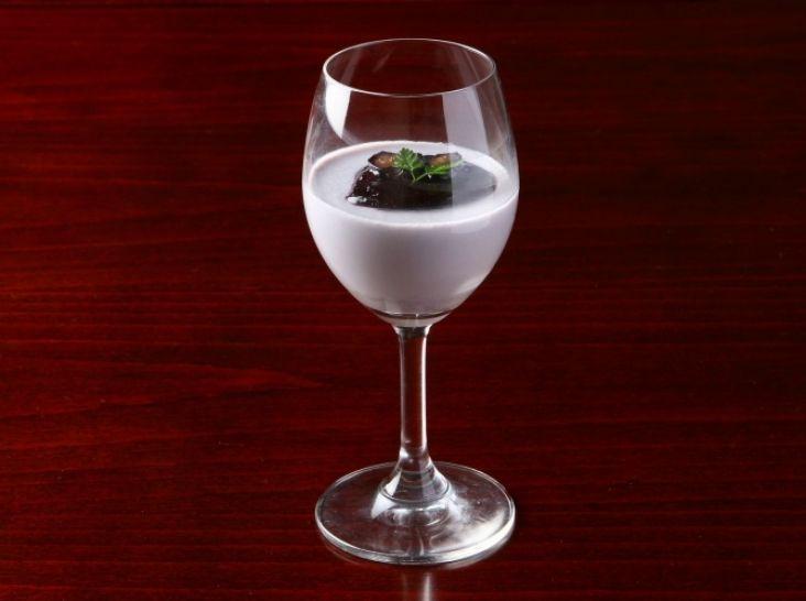ブルーベリーのミルクプリン