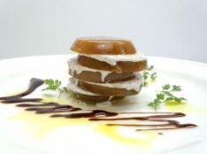 珍しいブラウントマトとパルテノのサラダ バルサミコソース
