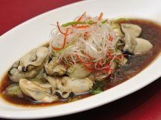 白灼牡蠣(カキの湯引き、オリジナルソース)