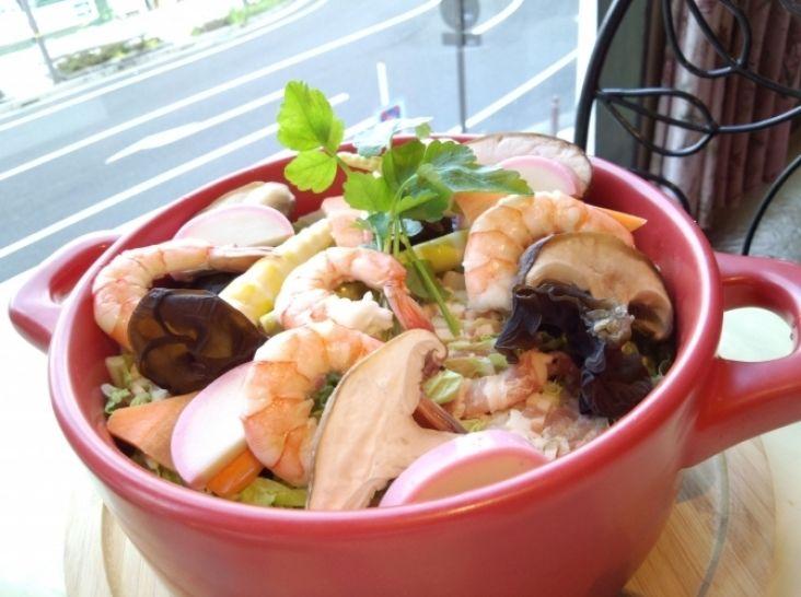 豚肉と白菜のミルフィーユ鍋チャイナ風 〆にサンラータン麺