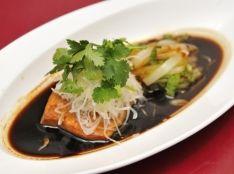 清蒸三文魚(シャケの香り蒸し)