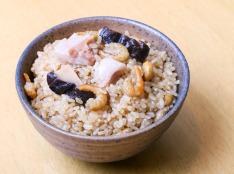 中華風玄米の炊き込みごはん