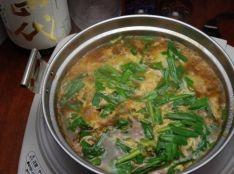 簡単!地鶏とじゃがいものピリ辛鍋