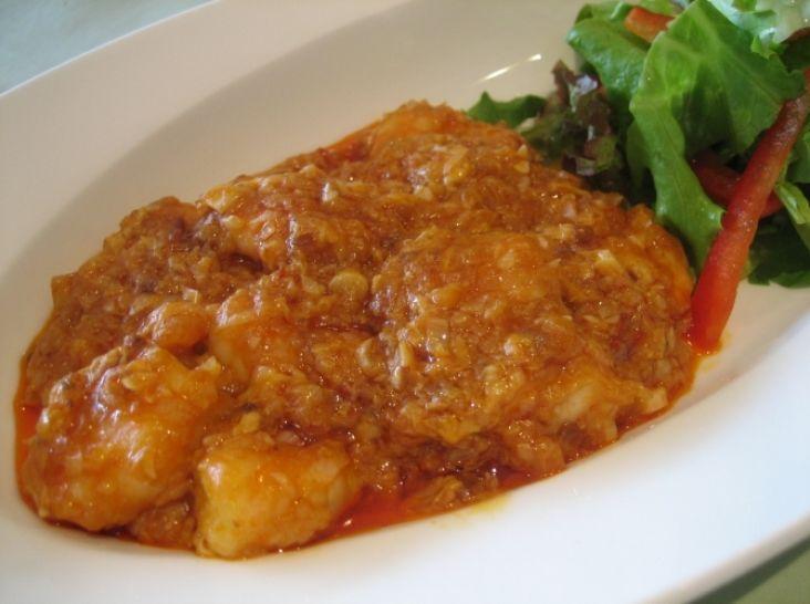 乾焼蝦仁(海老のチリソース煮)