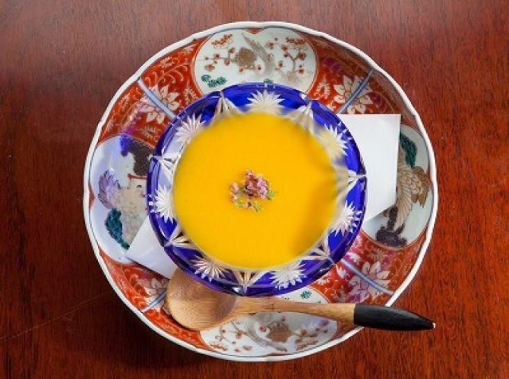 優しいかぼちゃのスープ