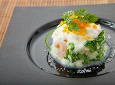 海老とブロッコリーの冷製フルール・ド・セルふわふわ卵白スフレ