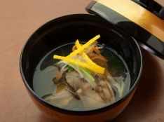 牡蠣の沢煮椀