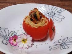 たっぷり春菊の丸ごとトマトパスタ