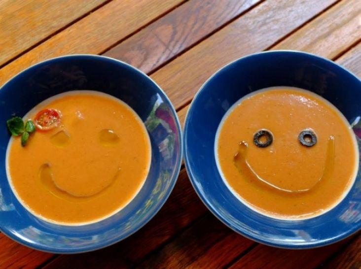 夏の風物詩 ガスパチョ アンダルシアの冷たい野菜スープ