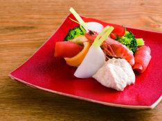 旬野菜とスモークサーモン 白酢掛け