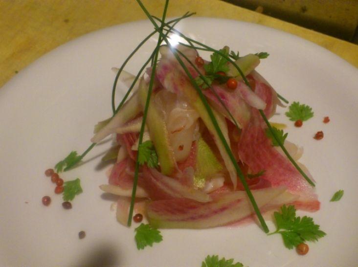 真鯛と紅芯大根のサラダ仕立て