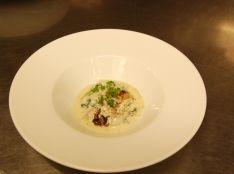 牡蠣のパルテノクリーム ゴルゴンゾーラの風味
