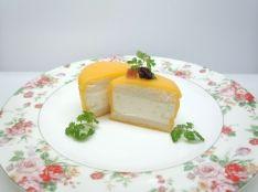 クリーミーポテトサンドをチーズで優しく包んで…