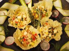 彩り春野菜のパンツァネッラ(トスカーナ風パンサラダ)