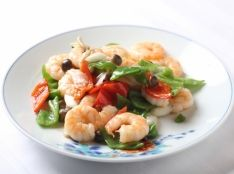 季節野菜と蝦の炒め