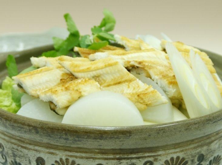 天ぷら、フライ用の開き穴子で作る「焼き穴子鍋」