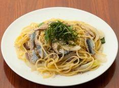 秋刀魚ときのこの和風スパゲティ