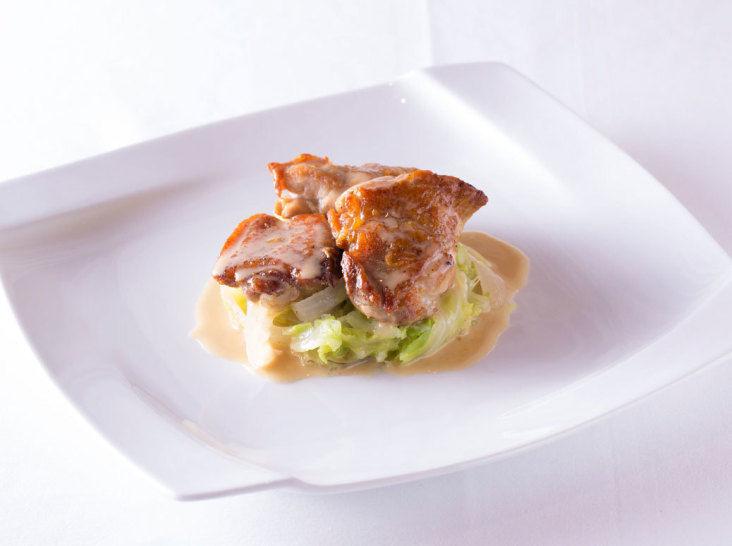 鶏もも肉の白ワインビネガー煮