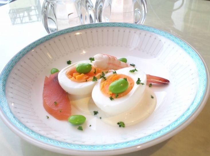 ゆで卵のチーズベネディクト風