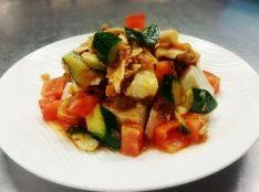 豆腐と鶏肉のサラダ