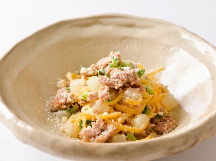 豚肉と大根のタリオリーニ 七味風味