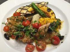 鶏もも肉と夏野菜のアンチョビソース