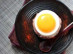 半熟卵のミルフィーユちらし寿司